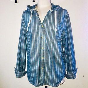 AMERICAN EAGLE, chambray button up w/ pen stripes.